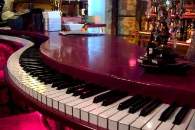 Big piano rouge01 1